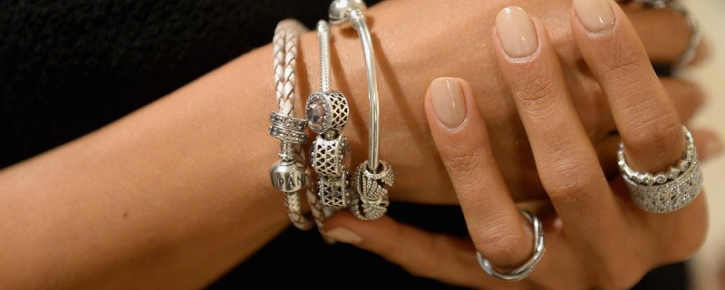 The Perfect Gift for a Woman: Pandora Rings
